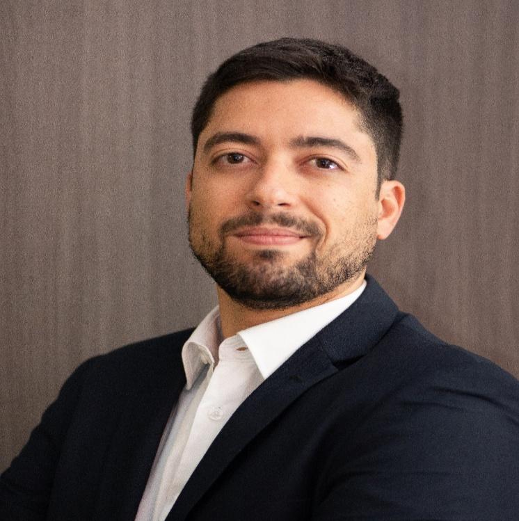 Dr. DANIEL PERRELLI LANÇA